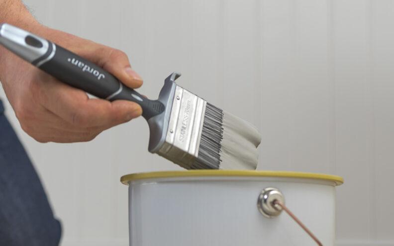 Dette er utstyret du trenger for å male panel